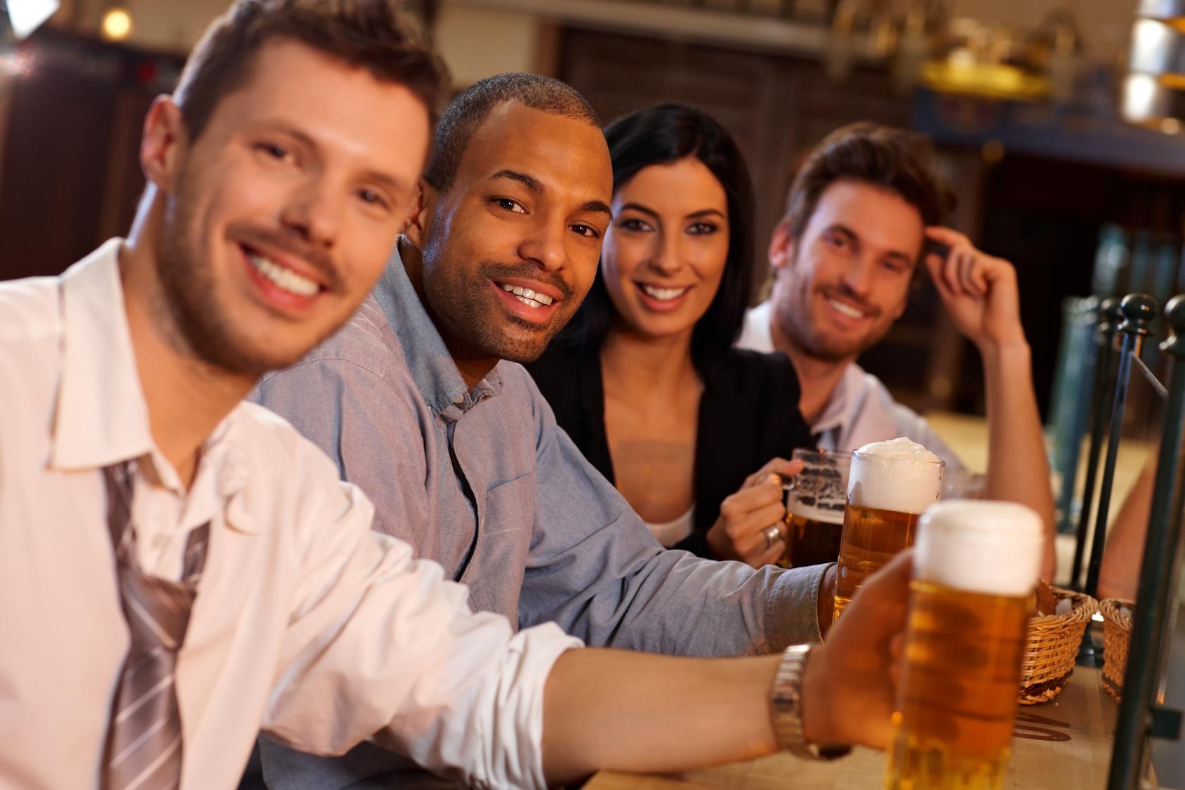 Oameni band bere